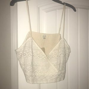 NWT American Eagle Off White Lace Crop Top